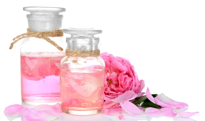 rose hydrosol in a bottle